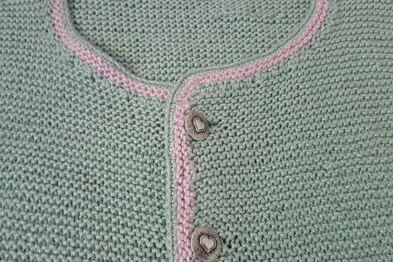 Wie ich zum stricken kam – oder auch: Meine erste selbstgestrickte Trachtenjacke
