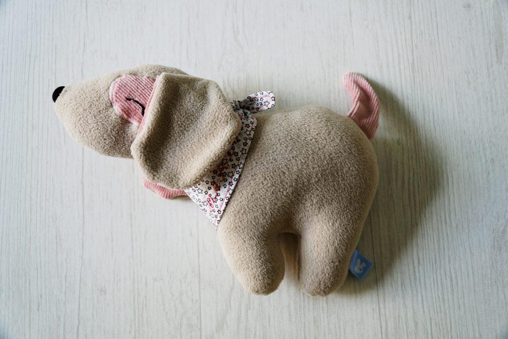 Hund Klecks in beige und rosa für Marlene